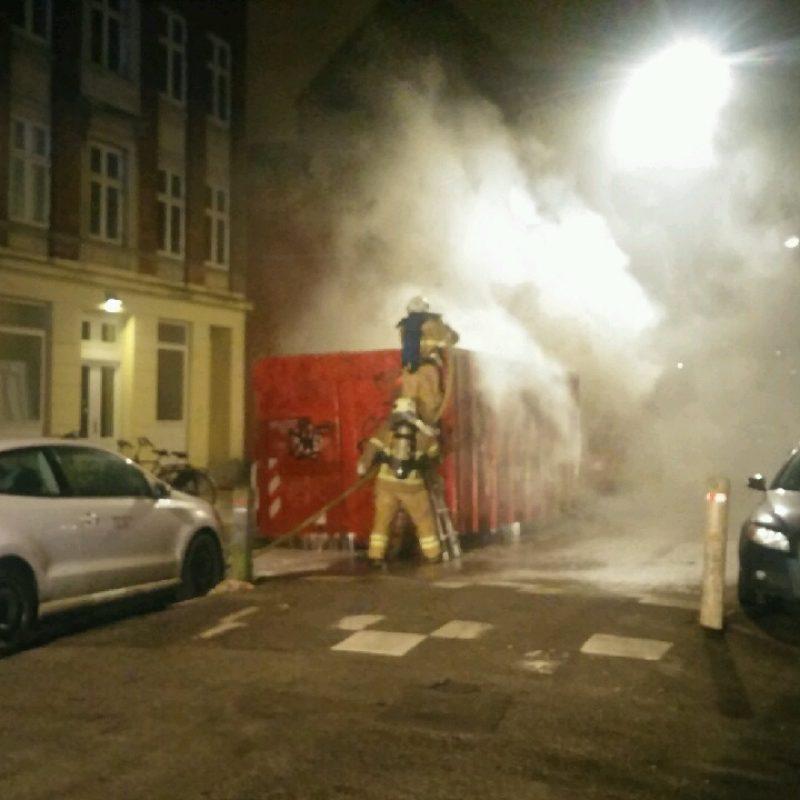 Brand i container på Rådmandsgade