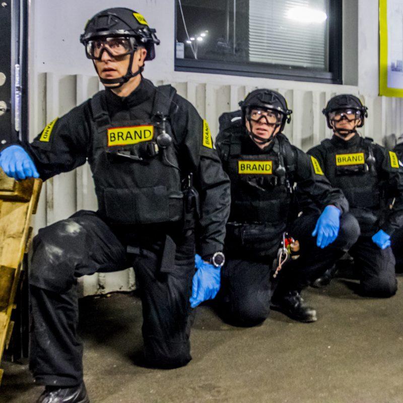 Terrorberedskabet sidder på knæ og er klar til indsats